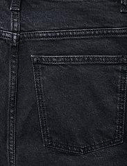 Dagmar - Alba - straight regular - washed black - 4