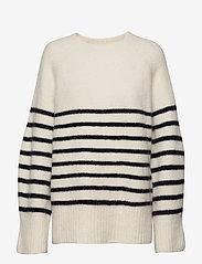 Dagmar - Emily round neck - tröjor - stripe - 1