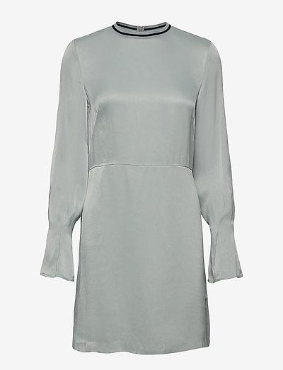 Colombe - korte kjoler - icy blue