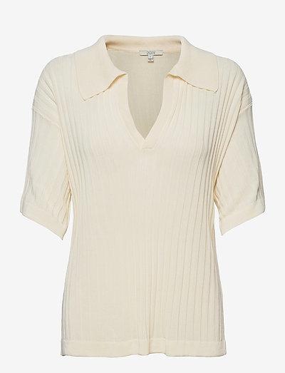 Selena - gebreide t-shirts - vanilla