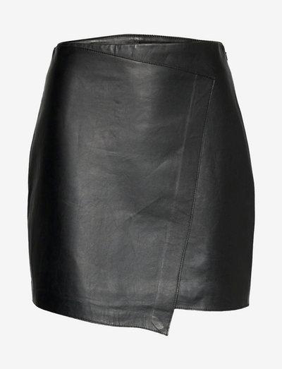 Darda leather - short skirts - black