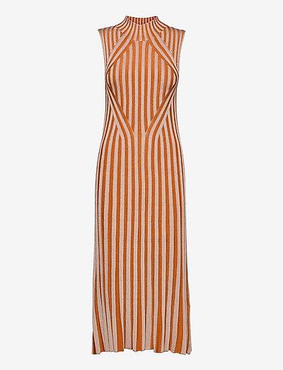 Margherita - bodycon dresses - sand/rust