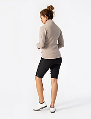 Daily Sports - MAGIC CITY SHORTS 56 CM - golfbroeken - black - 5