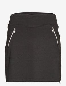 MADGE SKORT 45 CM - jupes de sport - black