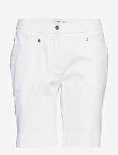 LYRIC SHORTS 48 CM - szorty golfowe - white