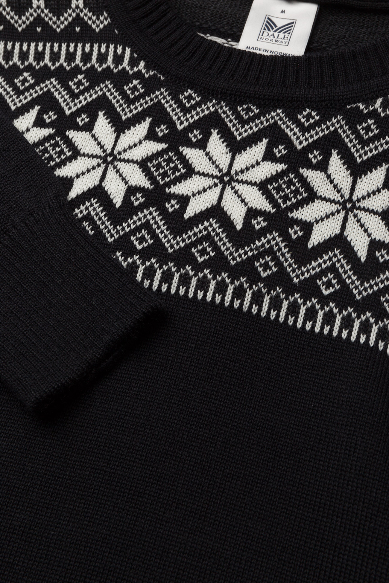 Dale of Norway Garmisch Masc Sweater - Strikkevarer BLACK/DARK CHARCOAL/OFF WHITE - Menn Klær