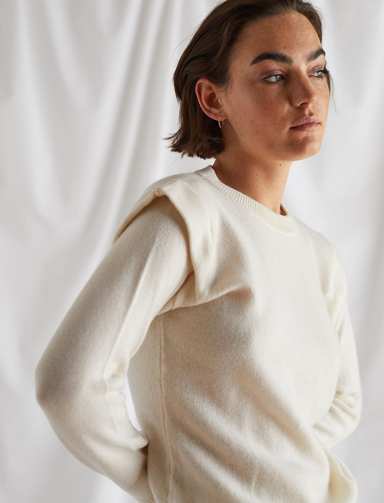 Davida Cashmere - Shoulder Fold Sweater - sweaters - white - 0