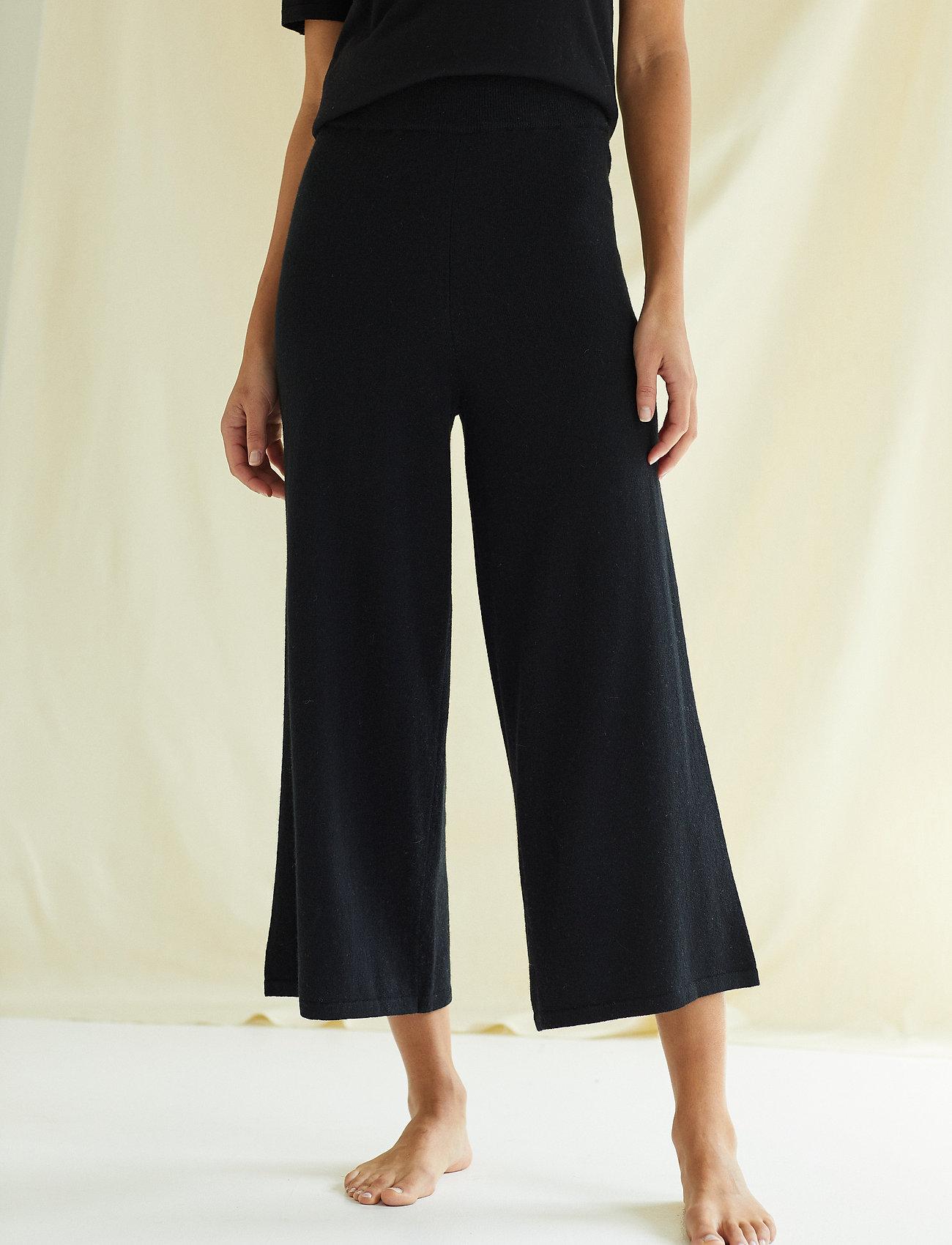 Davida Cashmere - Culotte Pants - wide leg trousers - black - 0