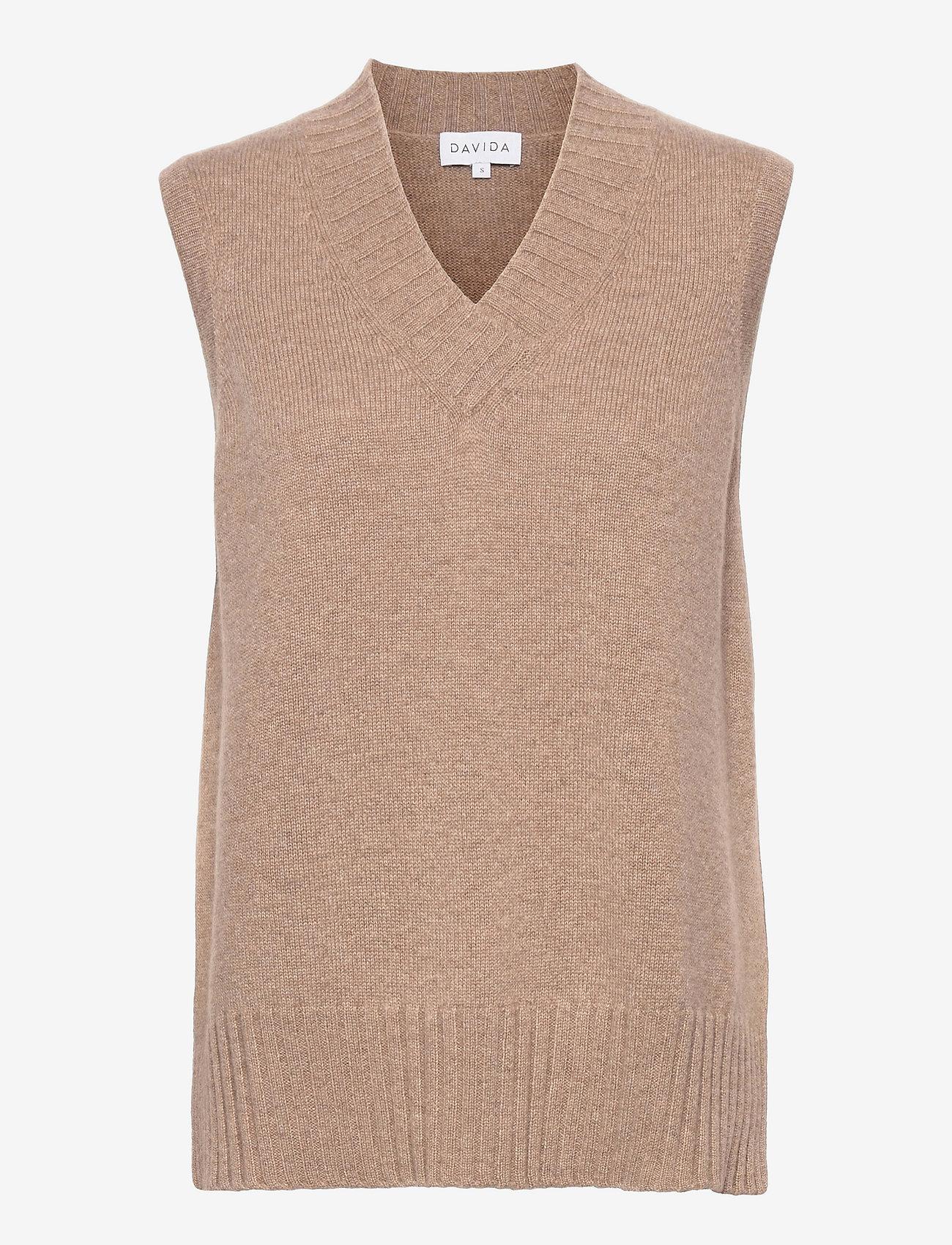 Davida Cashmere - V-neck Vest - knitted vests - mink - 0