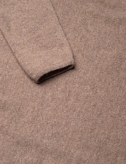Davida Cashmere - Curved Sweater - sweaters - mink - 3