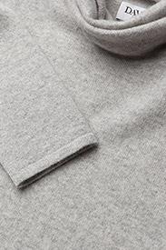 Davida Cashmere - Loose Turtleneck - cashmere - light grey - 2
