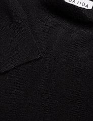 Davida Cashmere - Funnel Neck Sweater - sweaters - black - 2