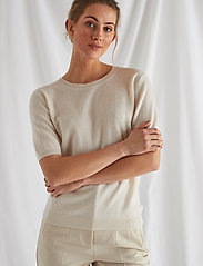 Davida Cashmere - T-shirt Oversized - gebreide t-shirts - white - 0