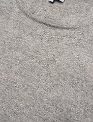 Davida Cashmere - Shoulder Detail Tank - knitted vests - light grey - 3