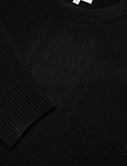 Davida Cashmere - Shoulder Fold Sweater - sweaters - black - 2