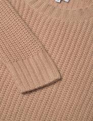 Davida Cashmere - Chunky Knit Rib Sweater - jumpers - toffee - 2