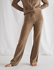 Davida Cashmere - Pants - wide leg trousers - mink - 0
