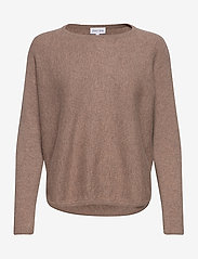 Davida Cashmere - Curved Sweater - sweaters - mink - 1