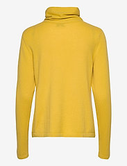 Davida Cashmere - Fold Neck Sweater - turtlenecks - yellow - 2