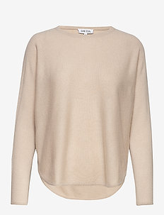 Curved Sweater - SAND STONE