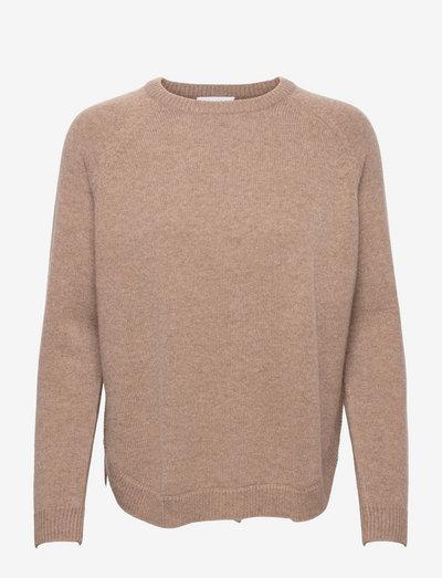 Raglan Curved Sweater - jumpers - mink