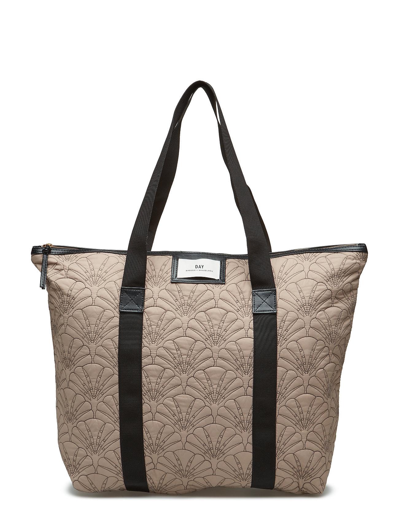 Image of Day Gweneth Q Fan Bag (3102801493)