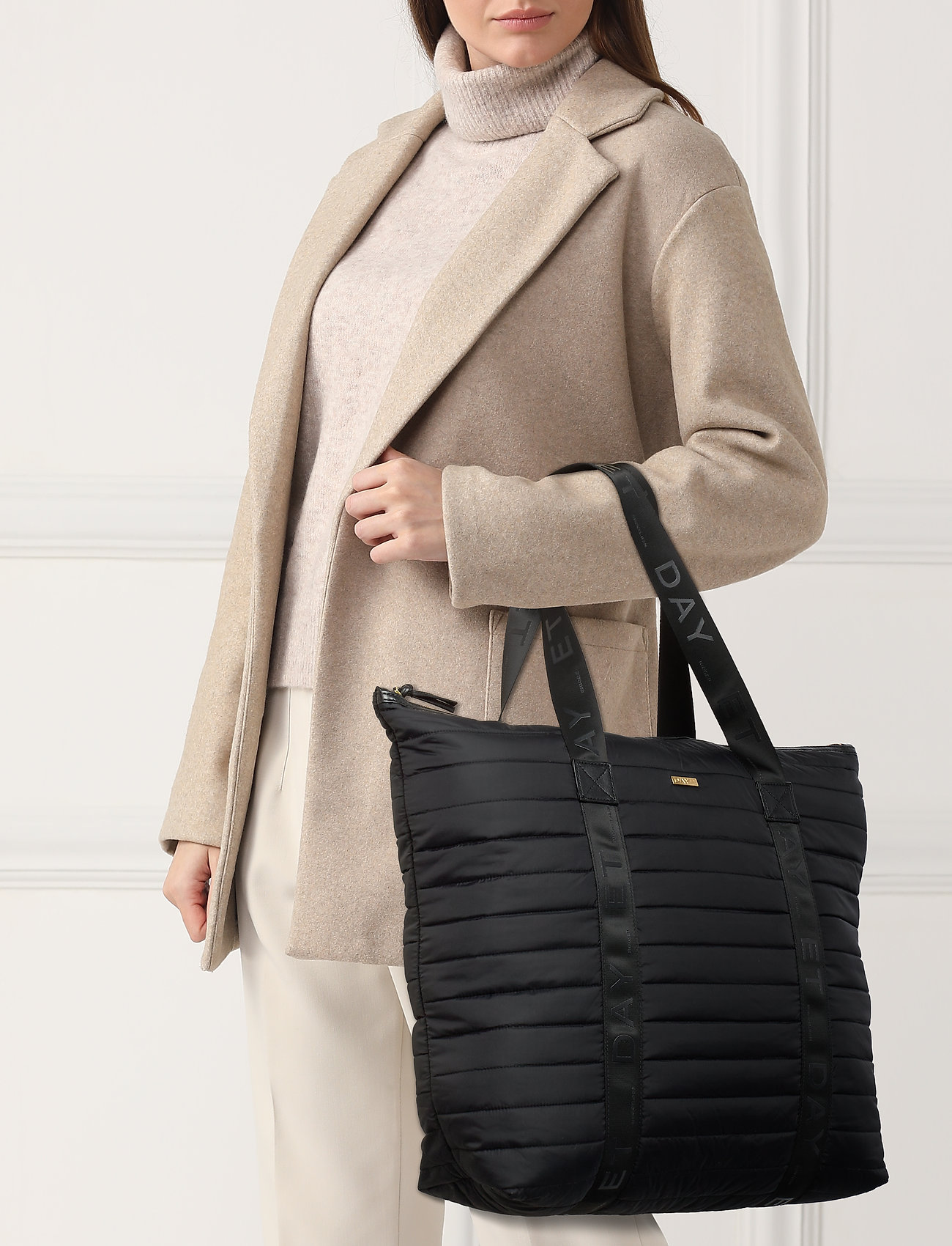 DAY et Day GW Puffer Bag - BLACK