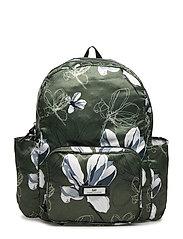 Day Gweneth P Magnolia Unpack - SOLDIER