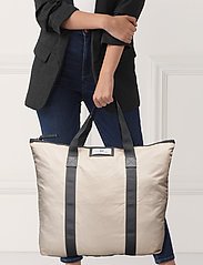 DAY et - Day Gweneth Bag - casual shoppers - moonlight beige - 1