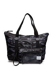 Day Gweneth P Camo Take Off - UNDERSTATED BLACK