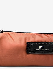 DAY et - Day Gweneth Pencil - etui - burnt brick red - 3