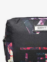 DAY et - Day Gweneth P Logo F Beauty B - toilettassen - black - 3
