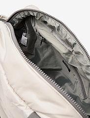 DAY et - Day Puffy Sport Shoulder Bag - handväskor - vapor blue - 4