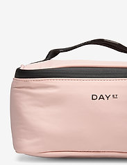 DAY et - Day RE-LB Sport Cosmetic - bags - shell pink - 3