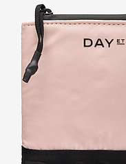 DAY et - Day RE-LB Sport Wallet S - purses - shell pink - 3