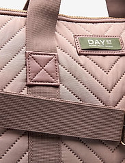 DAY et - Day Gweneth RE-X Chewron Comp15 - computer bags - antler rose - 3