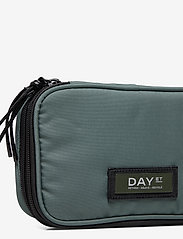 DAY et - Day Gweneth RE-S Pencil Pack - cosmetic bags - silver pine - 3