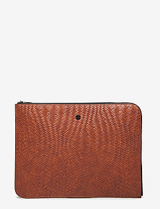 Day Plaiting Folder - COGNAC