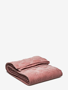 Day Velveto Quilt - PETALS