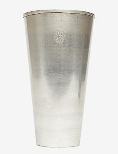 Lassi Vase Carved - wystrój domu - silver finish
