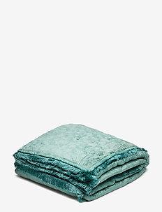 Day Mahal Velvet blanket - blankets - agath