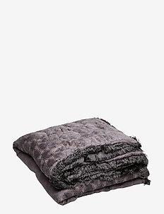 Day Mahal Kitkat Blanket with Fringes - blankets - kitkat