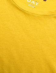 Day Birger et Mikkelsen - DAY Carina - t-shirts basiques - ceylon yellow - 2