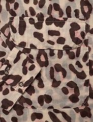 Day Birger et Mikkelsen - Day Mio - long sleeved blouses - smoke - 3