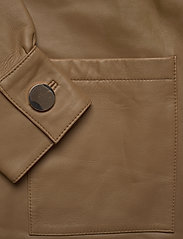 Day Birger et Mikkelsen - Day Scilla - leather jackets - india - 4