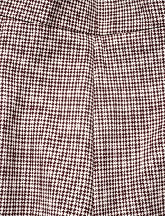 Day Birger et Mikkelsen - Day Go Out - chino shorts - bark - 3