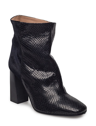 Day Sadiqui Boot - BLACK