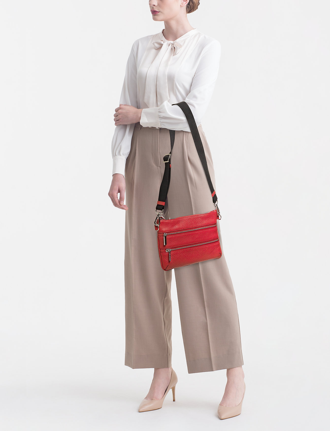 Decadent Jessie belt bag - SCARLET RED