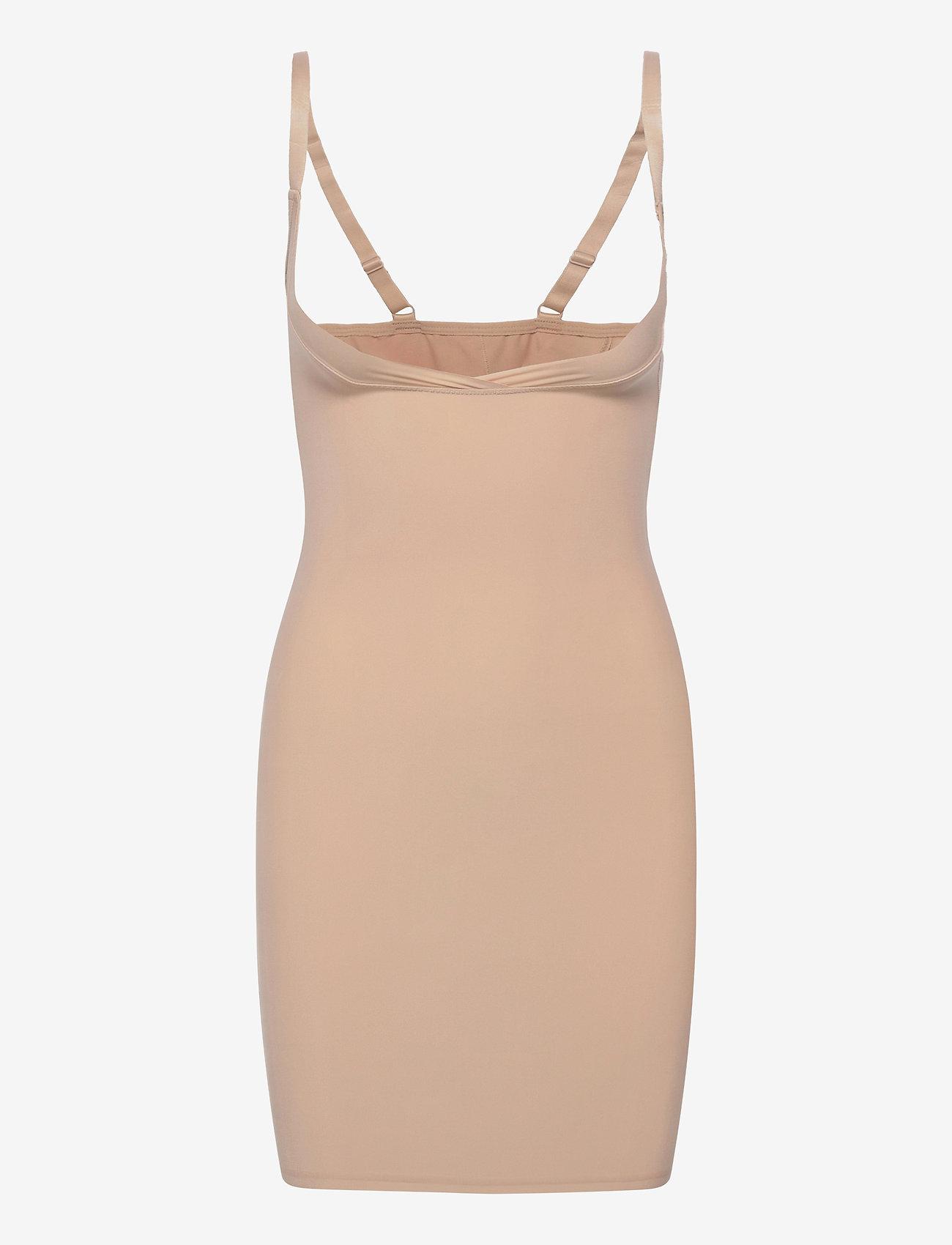 Decoy - DECOY Shapewear dress - toppe - nude - 0