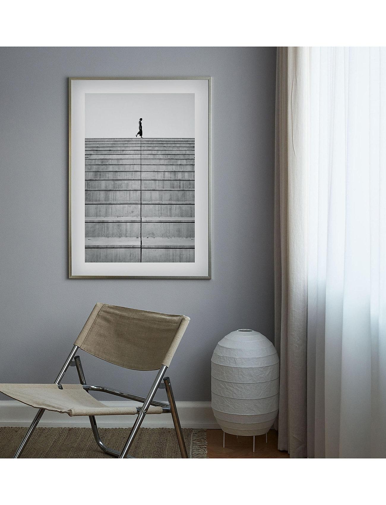 Democratic Gallery - Poster Monochrome Staircase - obrazy - black - 1